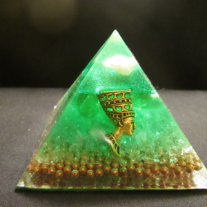 6.GREEN NEFERTITI AUDRANITE PYRAMID