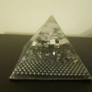 12.MIRRORED AUDRANITE PYRAMID