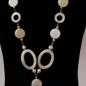 Mother of Pearl Shell Necklace Set